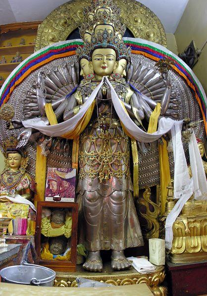1000-Armed-Chinrezig-Dharamsala-Indiasmaller